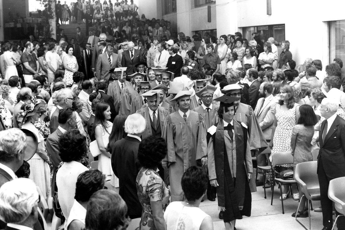 Processional_Ceremony_to_Commence_Teaching_1975.jpg